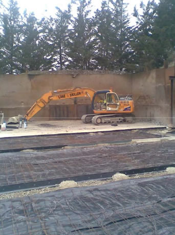 Laying concrete slab with K-Form K135 screed rail
